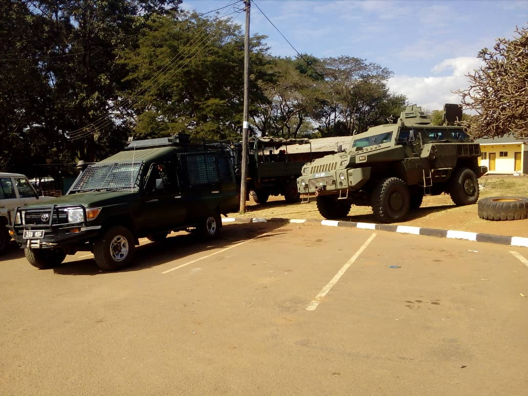 Heavy military presence at court
